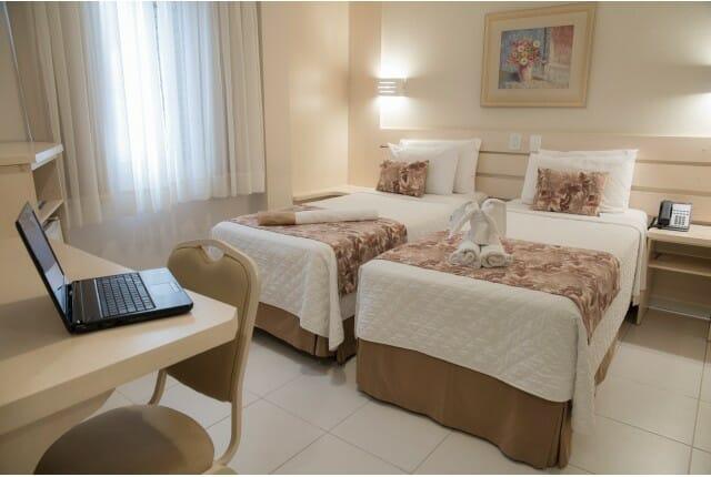 Para quem busca hospedagem econômica em Foz do Iguaçu, o apartamento duplo doTarobá Hotel é uma excelente escolha.