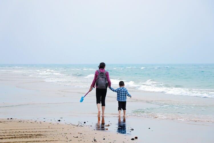 Mulher e filho -  Dicas de Viagem