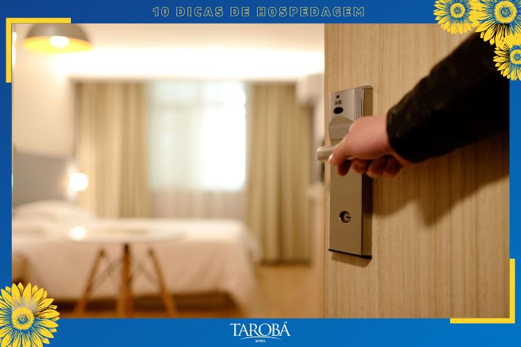 Porta de hotel   fechadura eletrônica