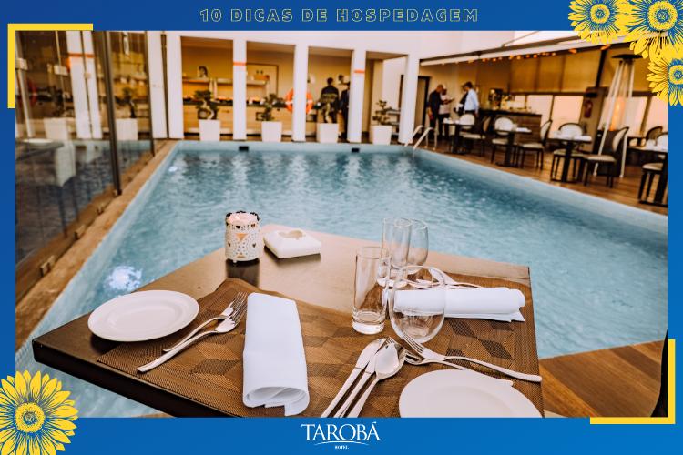 Dicas de Hospedagem   piscina de hotel luxo