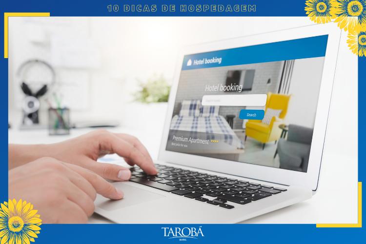 Computador   site de reserva de hotel