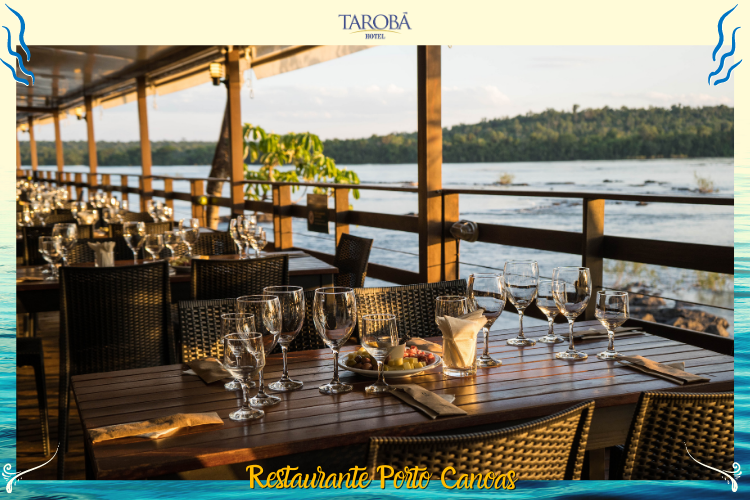Restaurante Porto Canoas - mesas e rio iguaçu